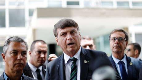 """""""Prensa de mierda"""": Bolsonaro insulta a periodistas por difundir los millonarios gastos del Gobierno en alimentos y bebidas (VIDEO)"""