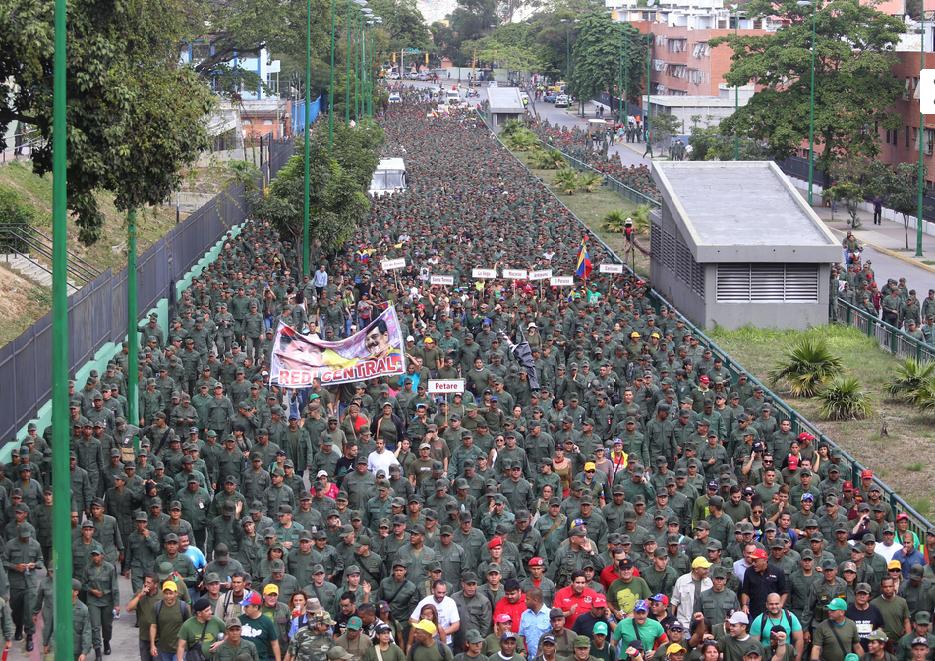 Marcha Civico-militar en Caracas