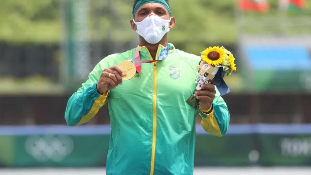 Isaquias é ouro na canoagem e conquista 4ª medalha em Olimpíadas