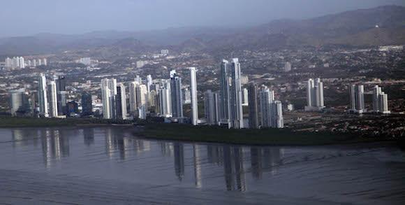 La delegación antillana a estos eventos llevará consigo a Panamá los mandatos y recomendaciones de la sociedad civil y la juventud cubanas. Foto: Ismael Francisco/ Cubadebate