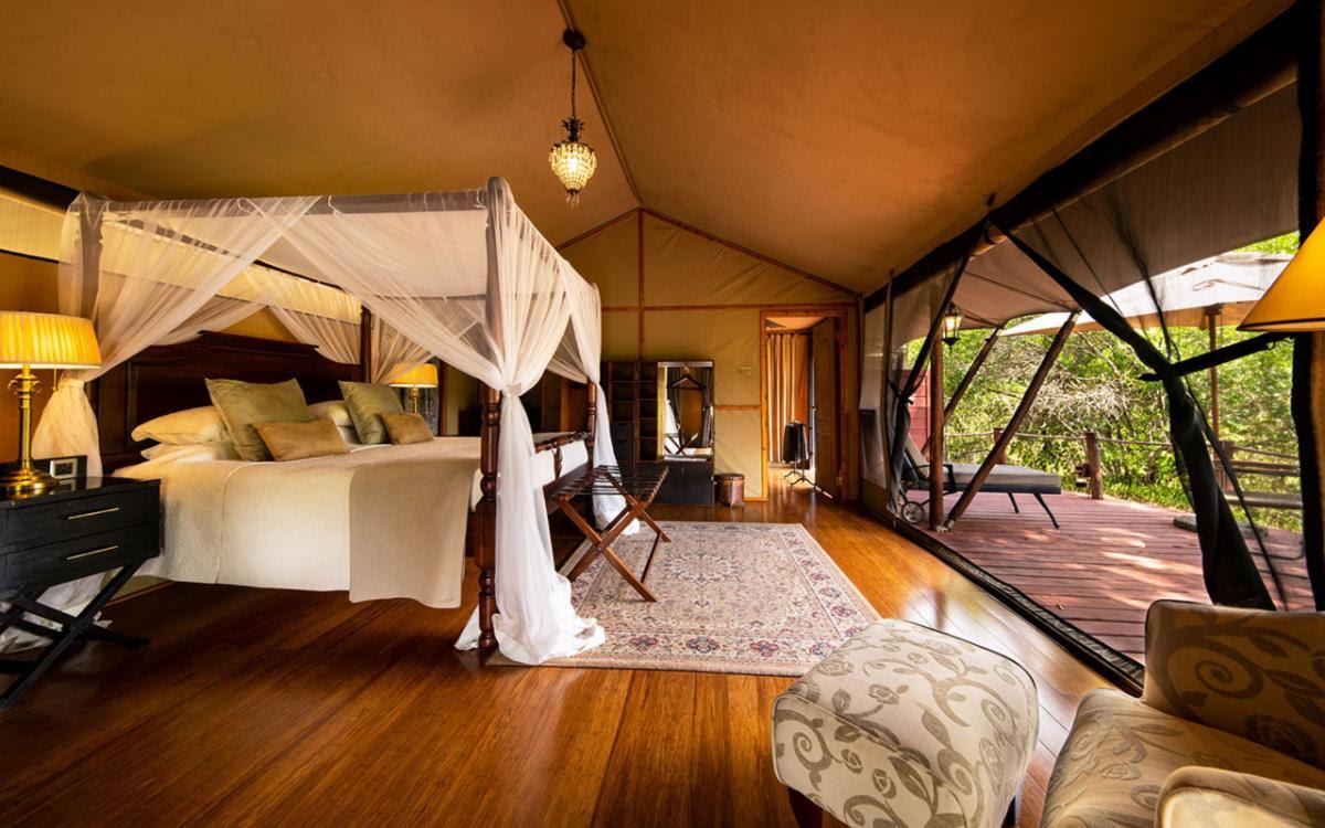 Sand-River-Luxury-Tent-interior-Double.jpg