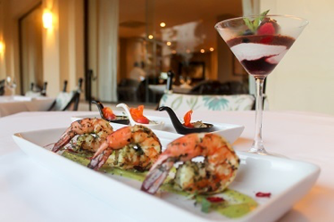 shrimp and wine at velas resorts