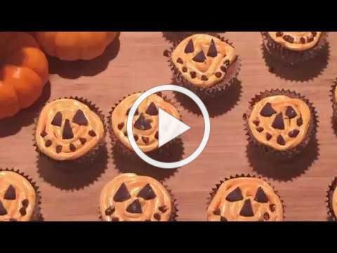 Cholaca Jack-O-Lantern Cupcakes
