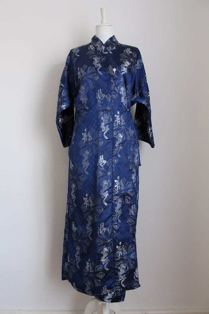 JAPANESE EMBROIDERY BLUE YUKATA ROBE - SIZE M