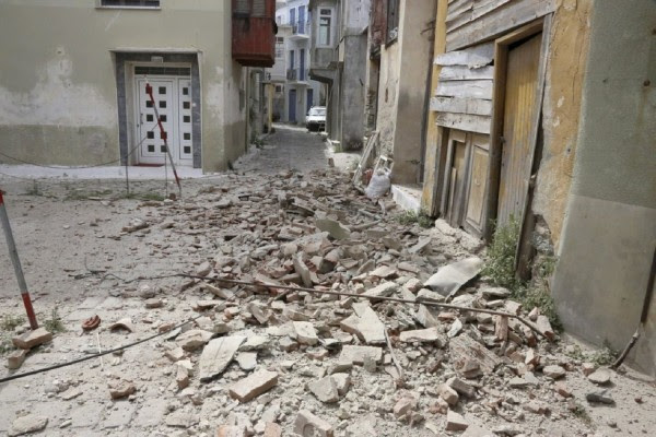 Σεισμός 5,1 Ρίχτερ στην Τουρκία με 39 τραυματίες (vid)