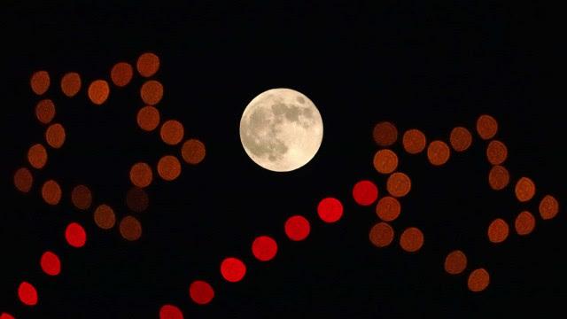 Duplo espetáculo nos céus: As imagens da Super Lua e do eclipse lunar