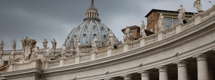 Włoskie media: Nowa ,,bomba'' w Watykanie. Wyciekł tajny raport