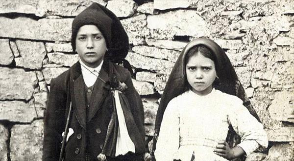 Papa Francisco confirma a data de canonização dos Beatos Francisco e Jacinta Marto, videntes das aparições de Nossa Senhora em Fátima.