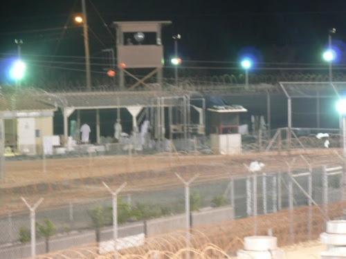 Campo Delta. Algunos detenidos tienen acceso a espacios más abiertos, con momentos para recreación y oración.