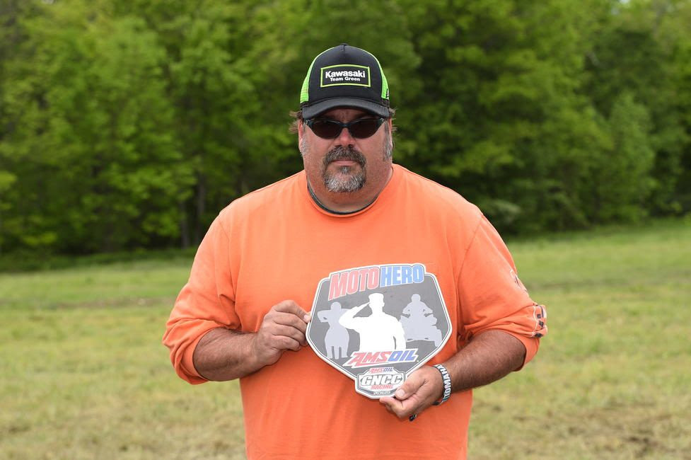 Todd Squire was presented the AMSOIL Moto Hero award at the Dunlop Tomahawk GNCC.