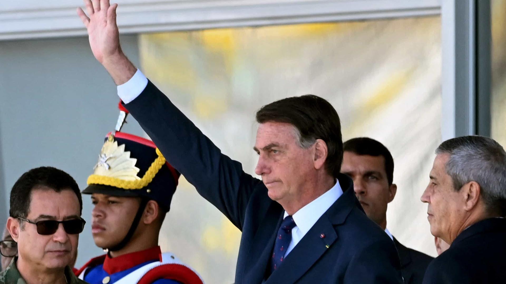 CPI decide sugerir indiciamento de Bolsonaro por charlatanismo e curandeirismo