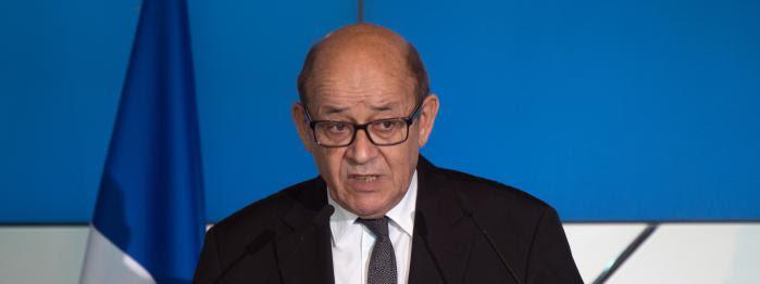 Le Drian va (enfin) rallier Macron, La Réunion chante pour En marche !, le camp Fillon s'inquiète...