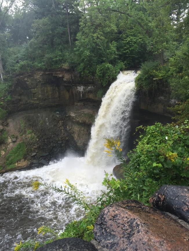 5 Incredible Experiences In The Twin Cities | Things To Do In The Twin Cities | Things To Do In Minneapolis St. Paul | Minnesota, USA | USA Travel | Minnehaha Falls