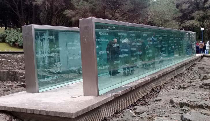 Memorial a los Detenidos Desaparecidos del Cerro. Foto: LARED21.