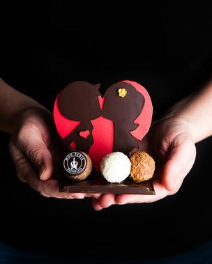 MonParisPatisserie_ChefElenaKrasnova_ValentinesDay_ShareTheLoveChocolate_PhotoCreditKristinaNapolskih