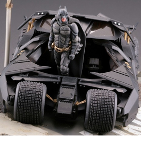 THE DARK KNIGHT LEGACY OF REVOLTECH LR-054 BATMOBILE TUMBLER