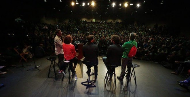 Alberto Garzón durante el acto de campaña en Gamonal, Burgos.- IU