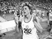 Jarmila Kratochvílová chvíli poté, co v Mnichově 1983 zaběhla světový rekord na...