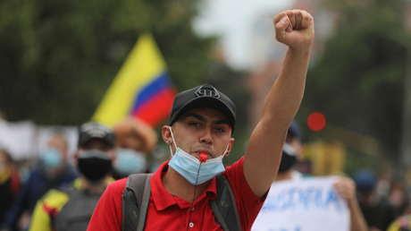 Anonymous 'entra' en las protestas de Colombia y se atribuye el 'hackeo' a las páginas del Ejército, el Senado y la Presidencia