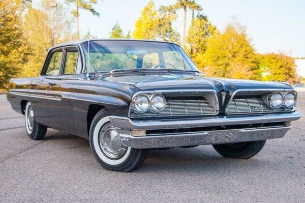 1961-Pontiac-Catalina