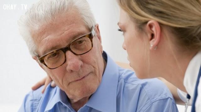 Chứng mất trí nhớ có liên quan đến tuổi tác?,cải thiện trí nhớ,mất trí nhớ,dấu hiệu sức khỏe