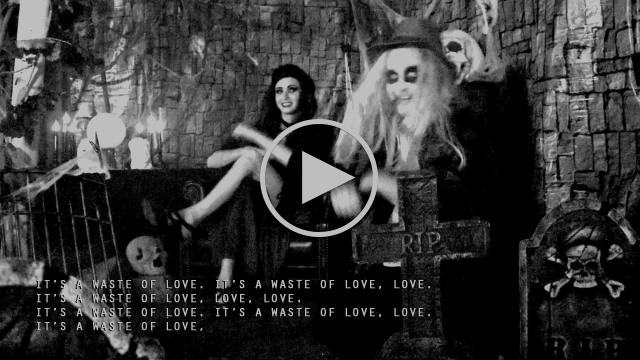 EL VY - Silent Ivy Hotel (Lyric Video)