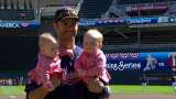 Joe Mauer accepts Silver Slugger Award with adorable twin daughters