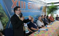 Reitor Rodrigo Zanin fala na abertura do evento