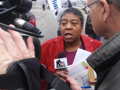 Speaking to the press, Rev. Pinkney supporter Marcina Cole condemns his unjust conviction and sentence. – Photo: Abayomi Azikiwe