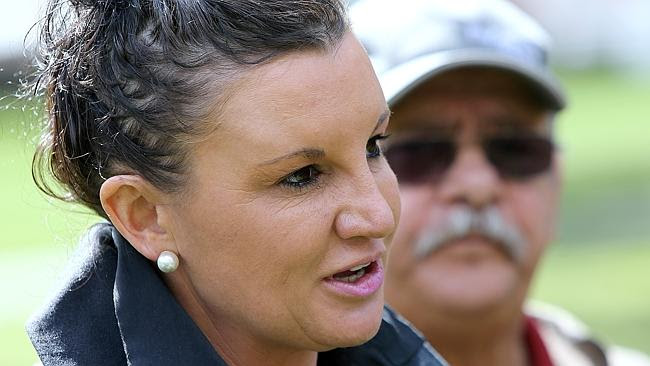 Jacqui Lambie has lashed out at supporters of sharia law.