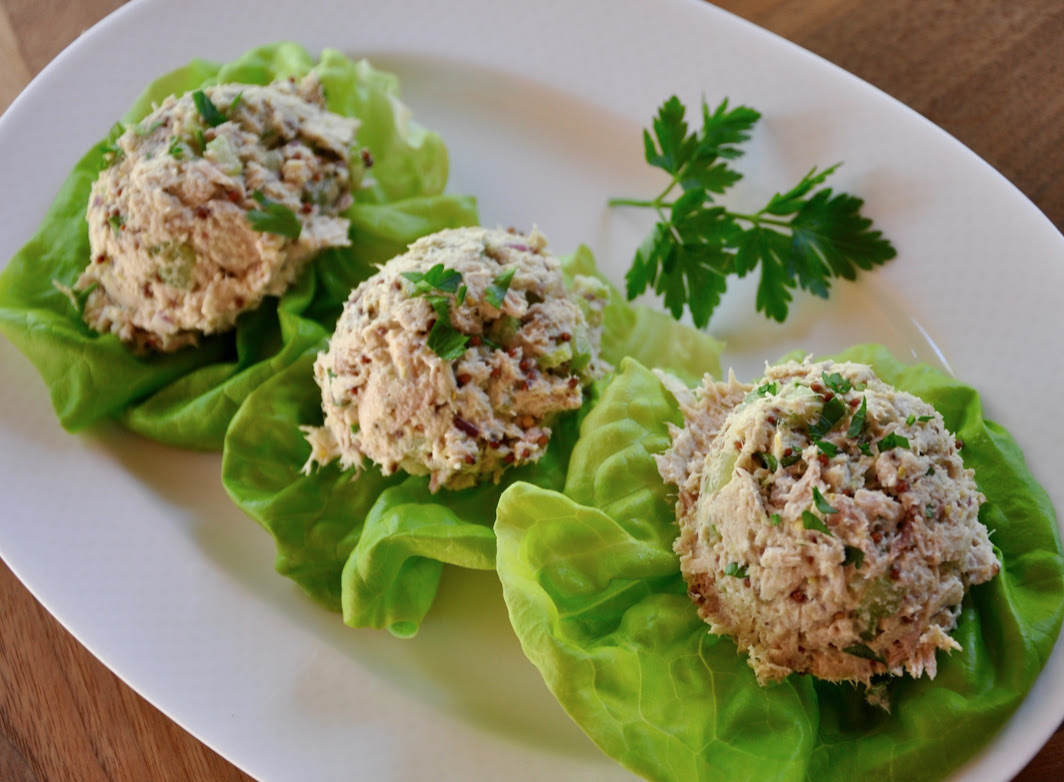 Creamy Tuna Lettuce Boats