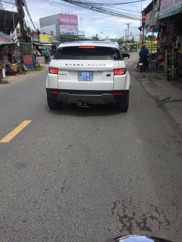 Xe sang biển xanh ở Kiên Giang: Cũ rồi, trả Công an tỉnh