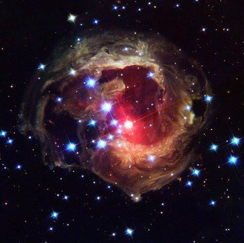 توسع الكون وتباعد المجرات