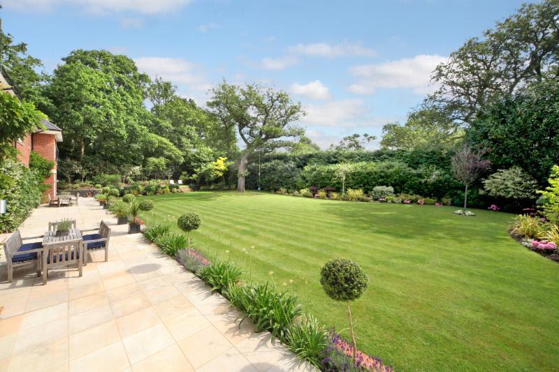 Wilton Garden