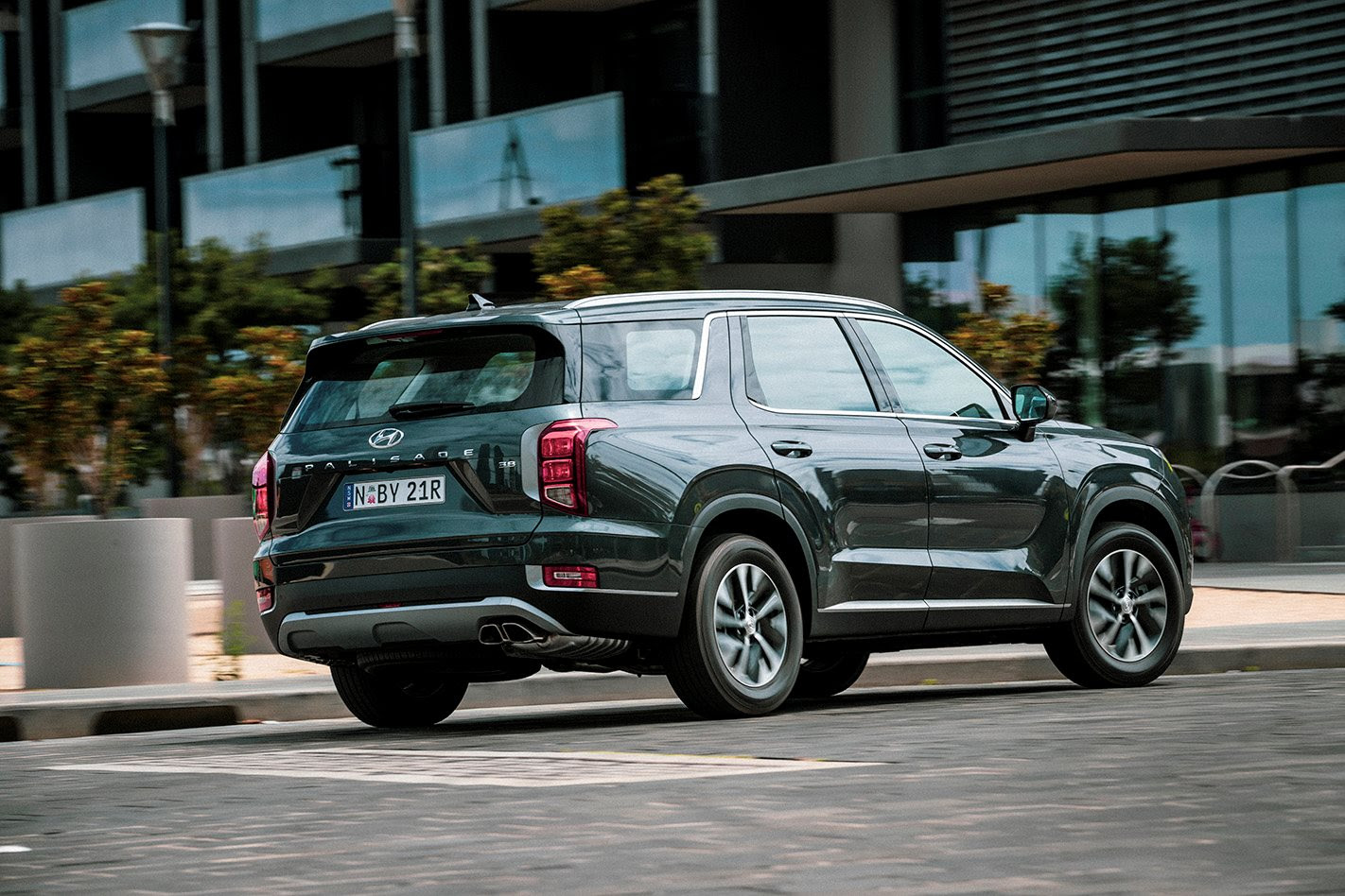 What is the Hyundai Palisade like to drive?