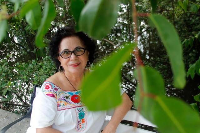 A bibliotecária Lúcia Moura participa ativamente das redes da Associação Por Amor às Graças. Crédito: Shilton Araujo/Esp.DP  (Crédito: Shilton Araujo/Esp.DP )