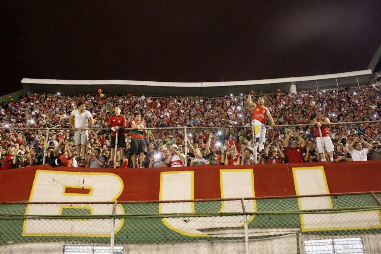 O tradicional clube paulistano sofre com seguidas quedas de divisão e luta para continuar na ativa Créditos: Dorival Rosa/Site Portuguesa ou Dorival Rosa/Portuguesa/Divulgação