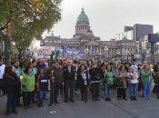 La movilización se realizará este jueves las 18H30 hora local, hasta el Congreso de la Nación.