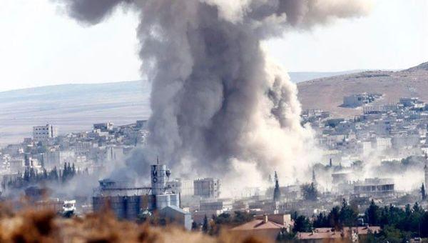 Miles de kurdos viajan a Kobane para resistir al Estado Islámico