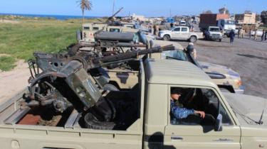 Libya Crisis: Fighting Near Tripoli Leaves 21 Dead