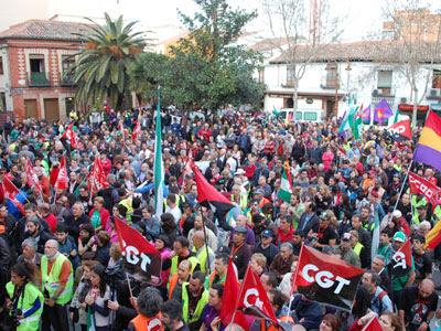 Plaza del Ayuntamiento de Getafe para recibir a la columna de Andalucía.