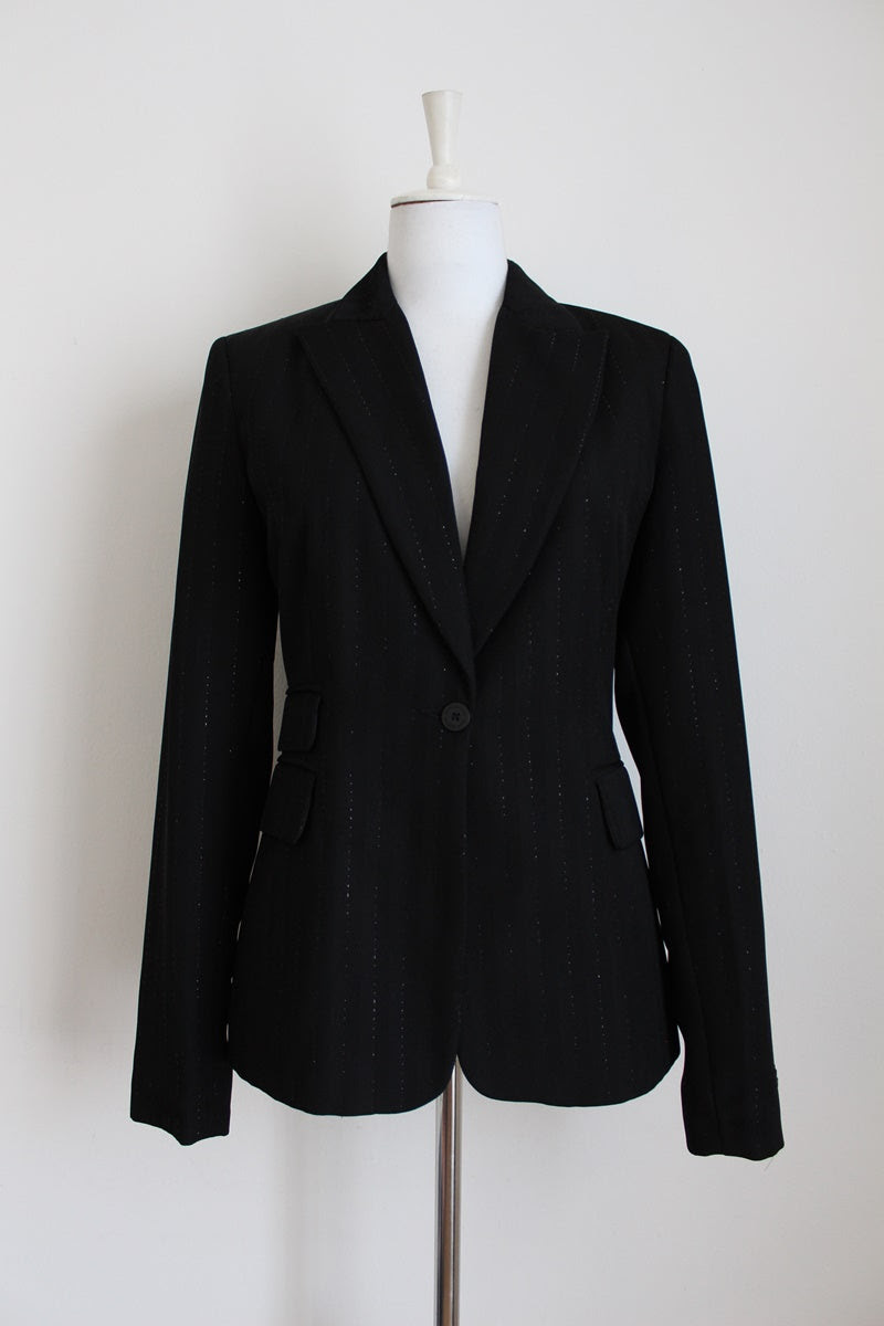 JENNI BUTTON DESIGNER BLACK PIN STRIPE BLAZER - SIZE 12