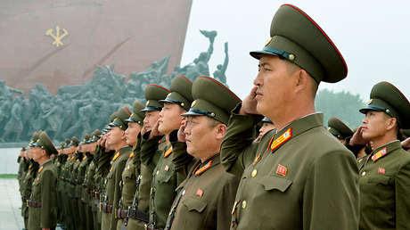 Soldados norcoreanos en Pionyang, Corea del Norte. 9 de septiembre de 2017.