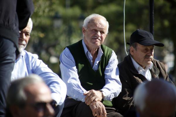 Αναδρομικά: Η κυβέρνηση επιστρέφει έως 4.570 ευρώ σε 2,4 εκατομμύρια συνταξιούχους