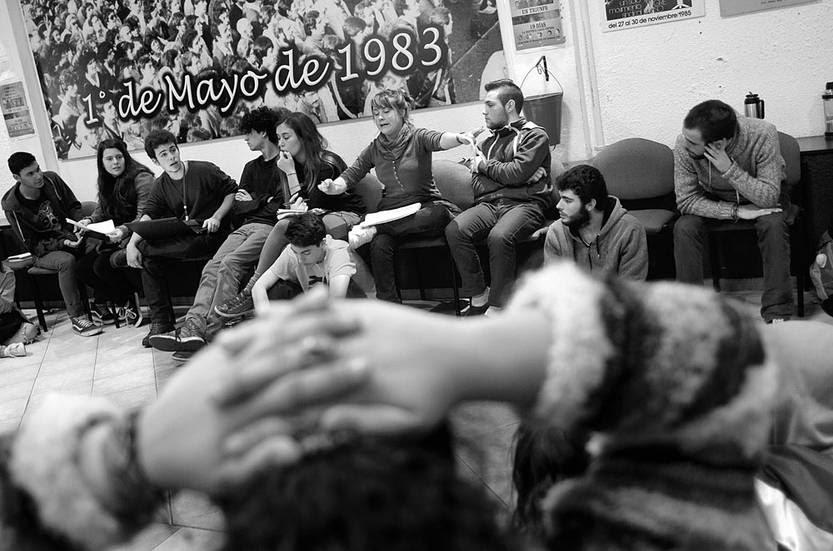 Encuentro de estudiantes de secundaria, ayer, en la sede del PIT-CNT. Foto: Pablo Vignali
