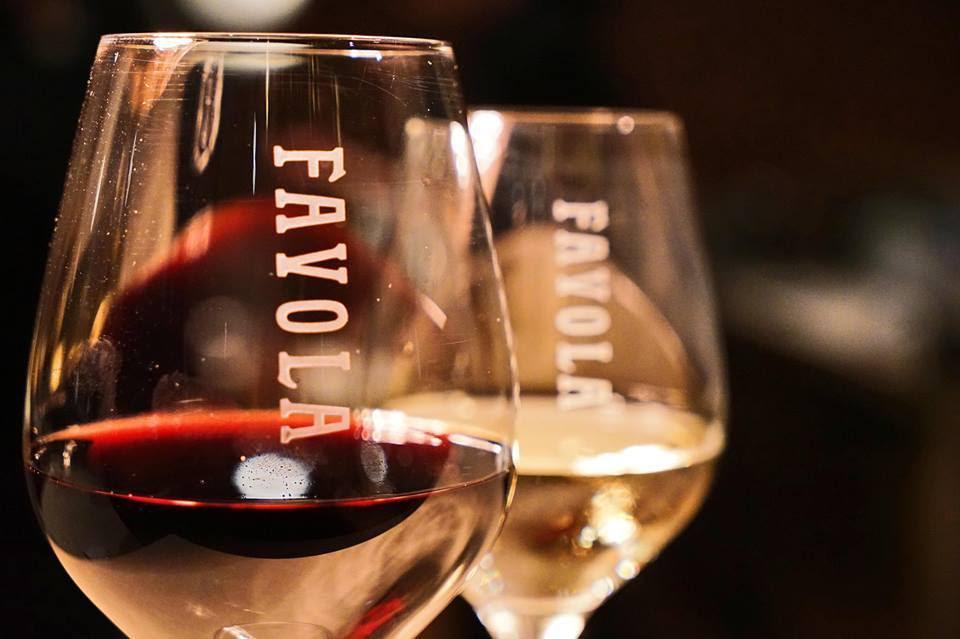 Favola wine glass