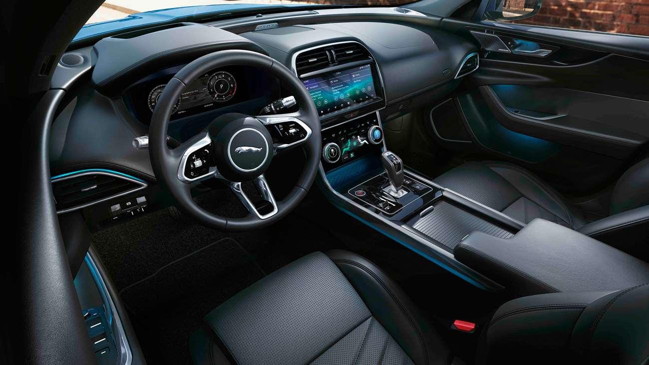 Jaguar-XE-2019-Interior-Goodwood-27022019.jpg