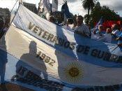 Argentinos reclamaron este jueves frente a la Cancillería de Argentina por la soberanía del territorio.