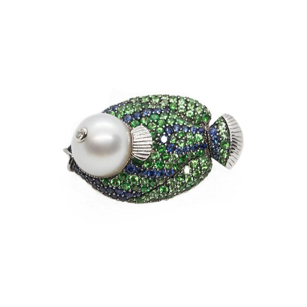 pearl brooch pendant
