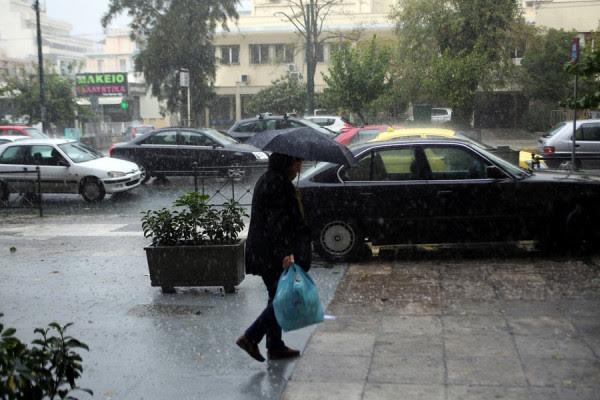 Κακοκαιρίας συνέχεια.. Επιμένει ο άστατος καιρός - Βροχές, καταιγίδες και χαλάζι και σήμερα Τετάρτη